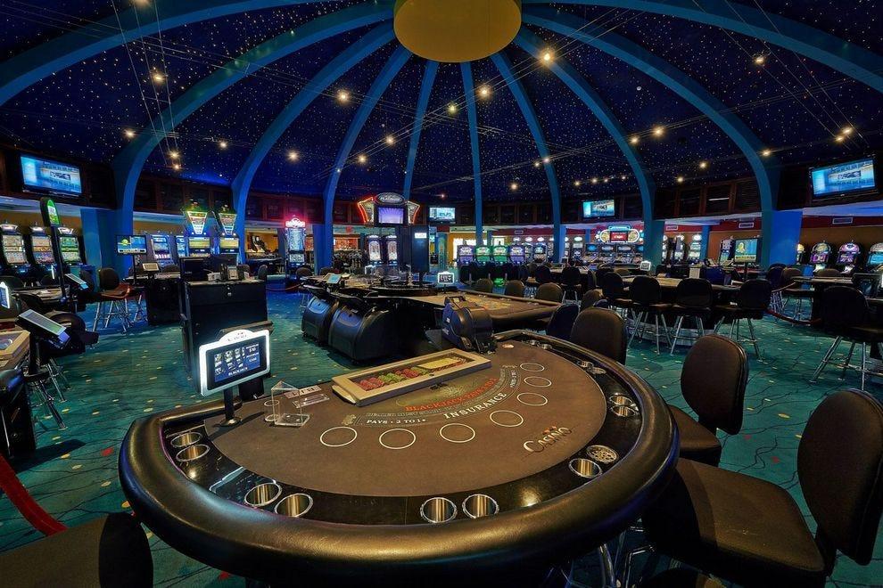 hotel in aruba with casino