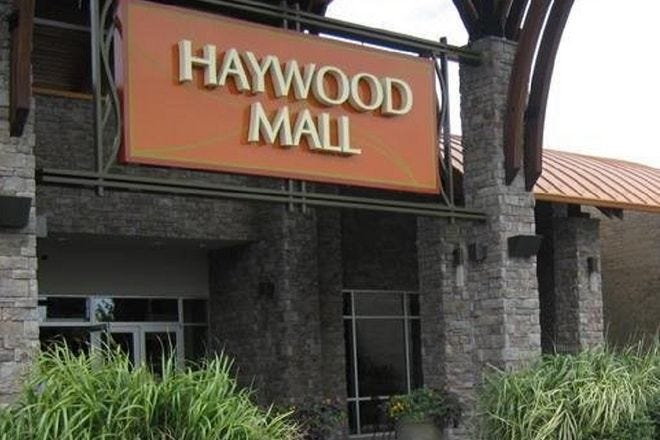 Shopping Malls and Centers in Greenville