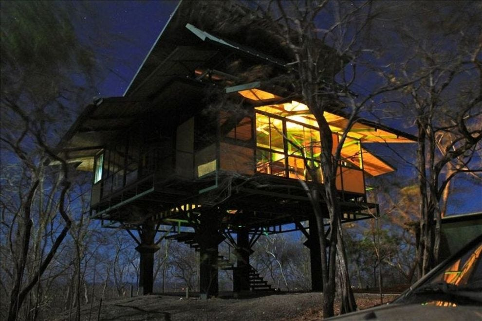 You Ll Want To Spend The Night In These 10 Treehouses