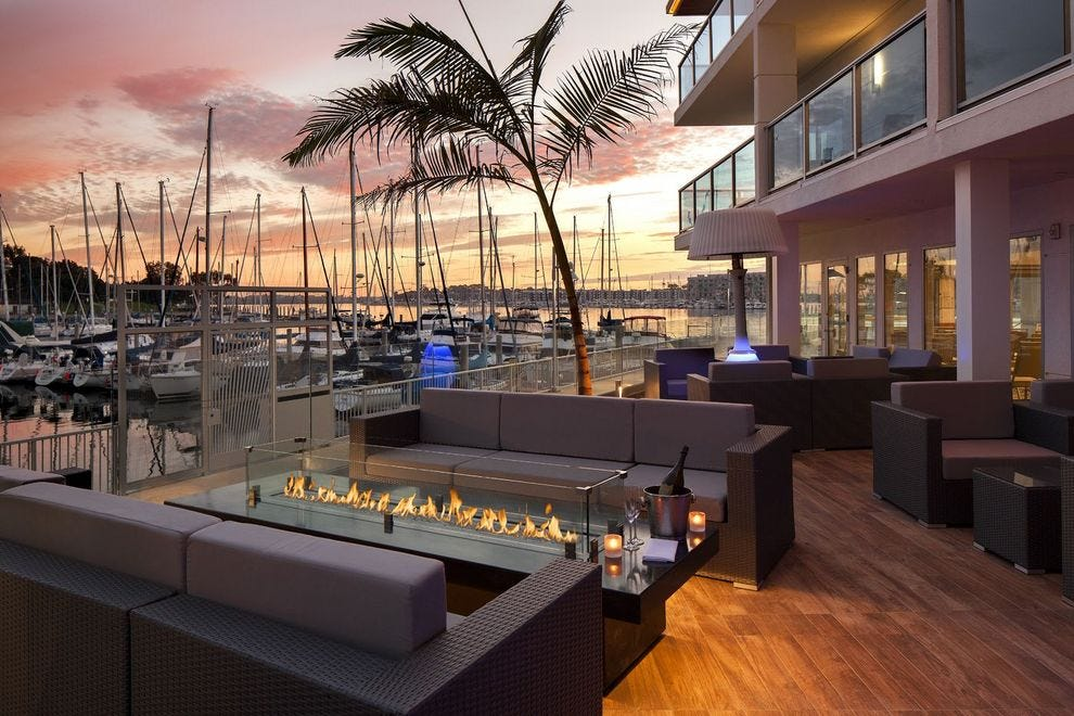 SALT Restaurant & Bar at the Marina del Rey Hotel