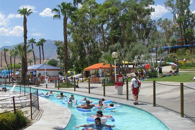 Palms Springs Hotels With Water Park