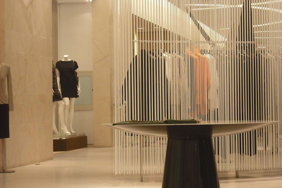 8309e2836e6b Holt Renfrew  Toronto Shopping Review - 10Best Experts and Tourist ...