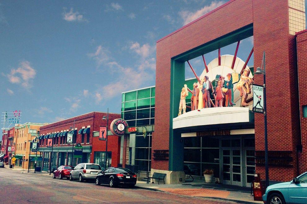 Kansas city museums 10best museum reviews for American exteriors kc