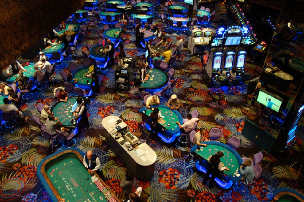 Find the best casinos for gambling. Give it a try on your favorite game.
