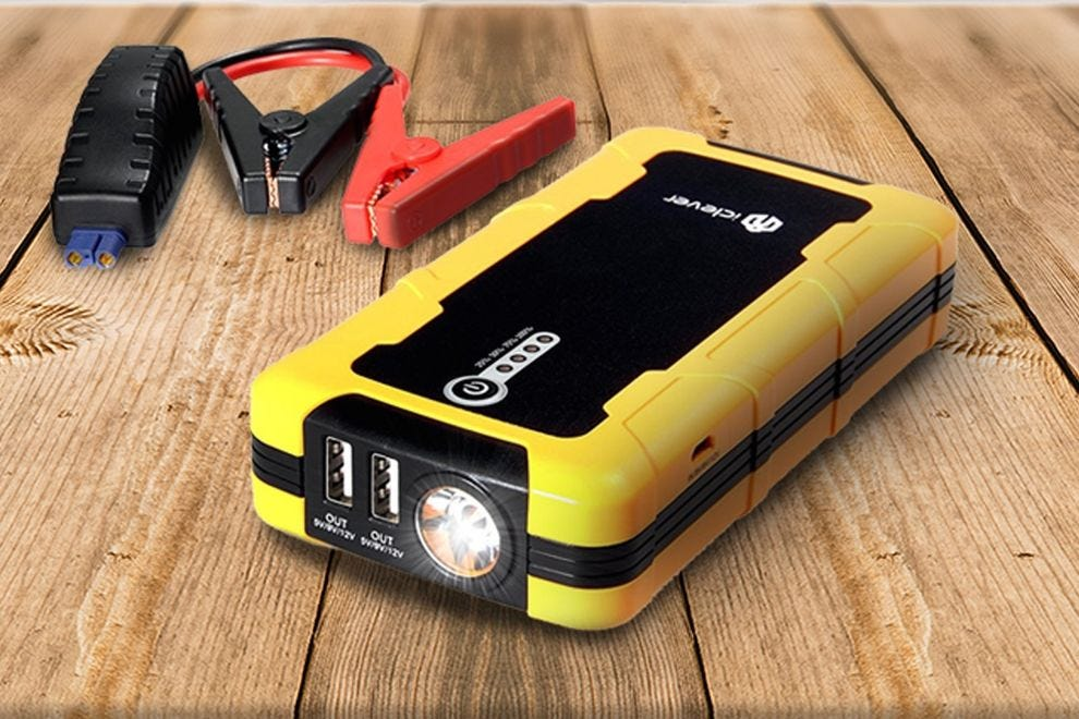 iClever BoostEngine Portable Car Jump Starter