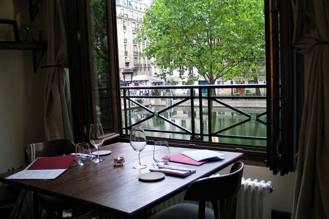 Waterfront Dining in Paris