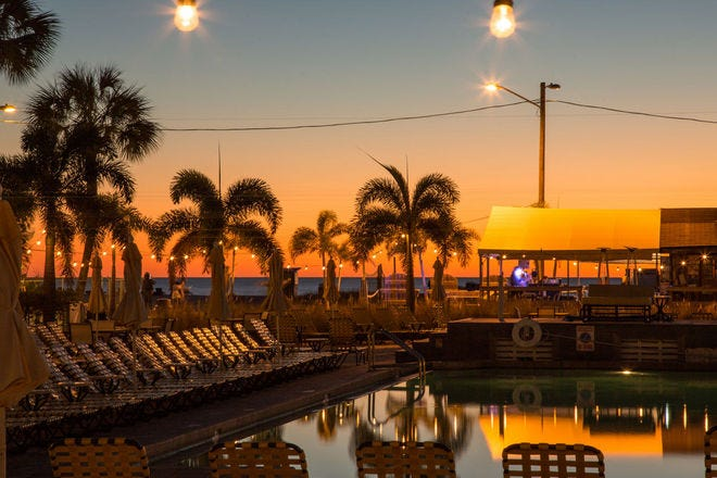 Beach Hotels in St. Petersburg / Clearwater