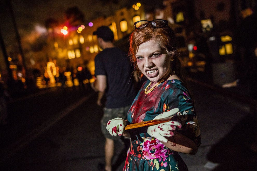 Movie Park Halloween Casting 2019.What It S Like To Be A Scareactor For Halloween Horror Nights