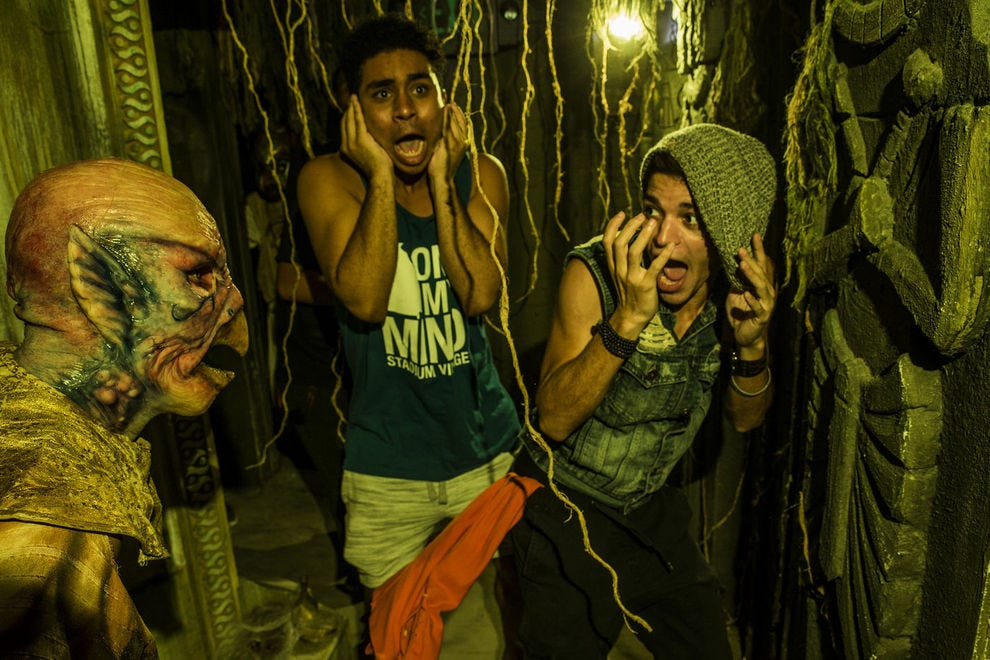 it only feels dangerous the first thing scareactors learn are safety protocols photo courtesy of universal orlando resort 2017 - Halloween Actors 2017
