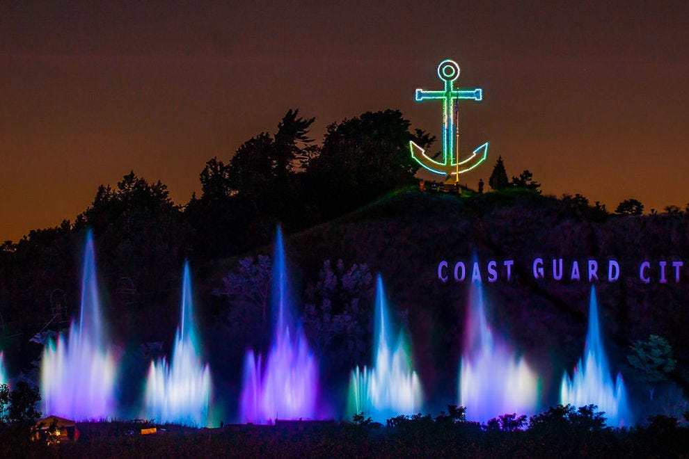 Grand Haven's Musical Fountain synchronizes lights and water to music