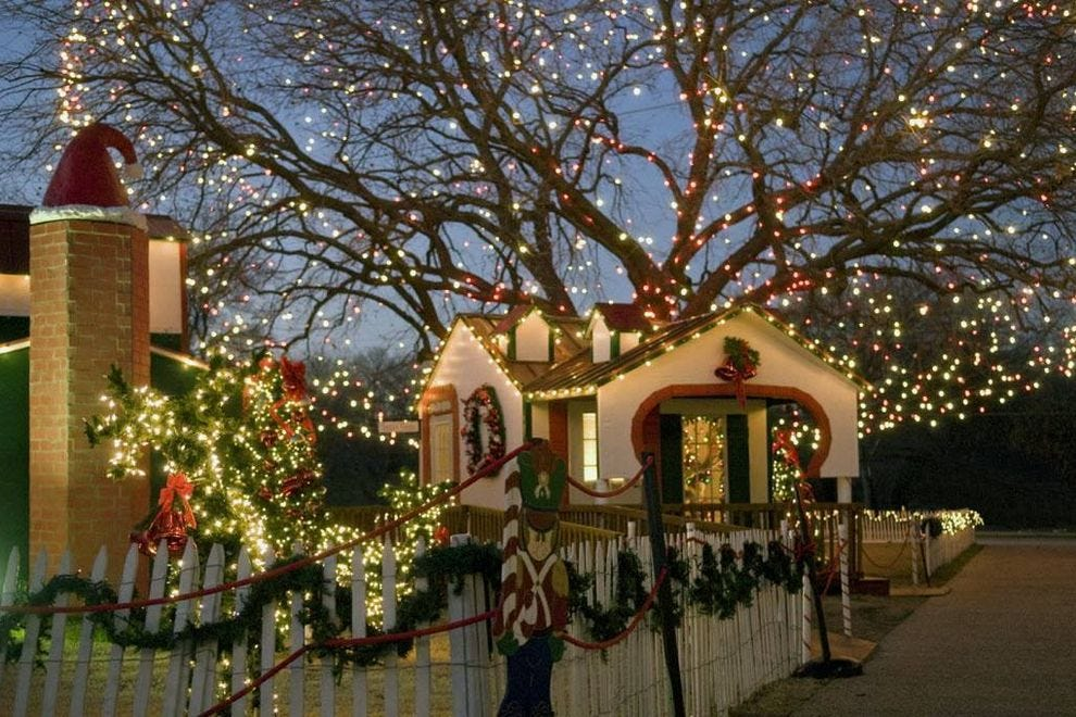 Things To Do In December Attractions In Dallas