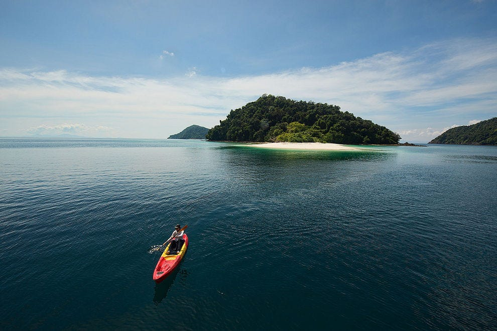 A kayaker's tropical paradise