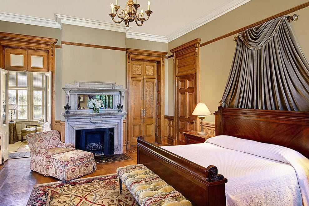 Suite at Wentworth Mansion