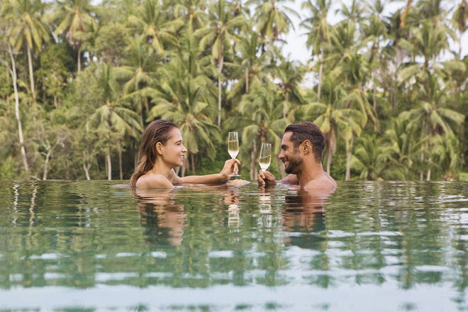 Surprisingly romantic spots that will set your heart aflutter - travel-tips