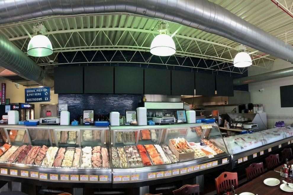 Chicago seafood restaurants 10best restaurant reviews for Boston fish market chicago