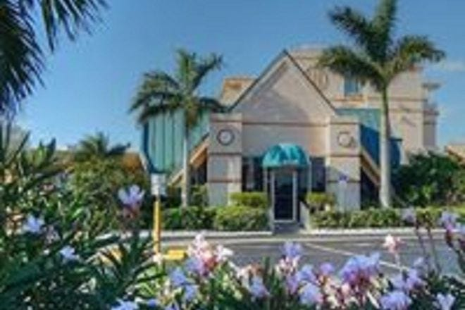 Howard Johnson Resort Hotel St Pete Beach