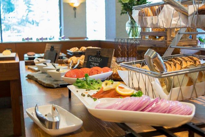 Restaurant Slideshow Breakfast In Tahoe