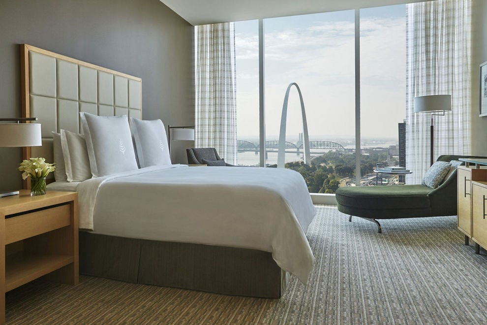 Perched above the Lumière Place Casino entertainment complex in downtown St. Louis, the Four Seasons offers gracious Midwestern hospitality and rooms with a view