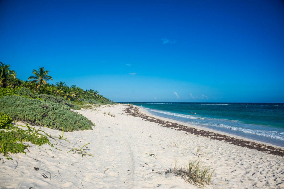 X Cacel Beach