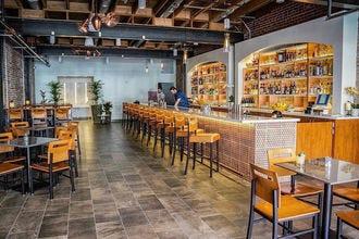 雷诺欢乐时光:10个最好的酒吧,bepaly网投官网酒馆和啤酒园