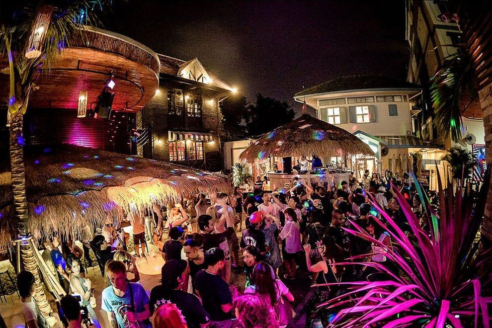 Khao San Road's Best Nightlife: Nightlife in Bangkok