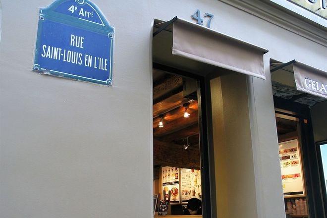 Paris Has Its Very Own Ice Cream Island - Ile St.-Louis