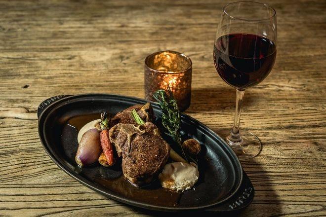Hearthstone Kitchen Cellar Is One Of The Best Restaurants In Las Vegas