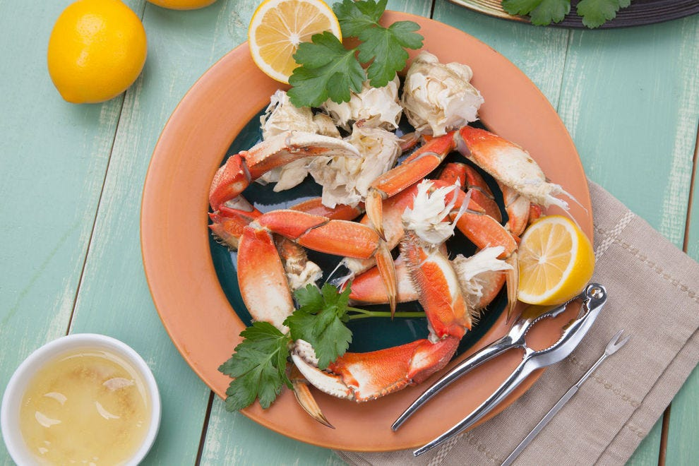 Dungeness crab pops up at seafood restaurants across Oregon during crab season