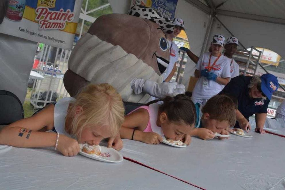 Cream puff eating contest at Wisconsin State Fair
