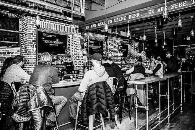 Nightlife Slideshow Sports Bars In Denver