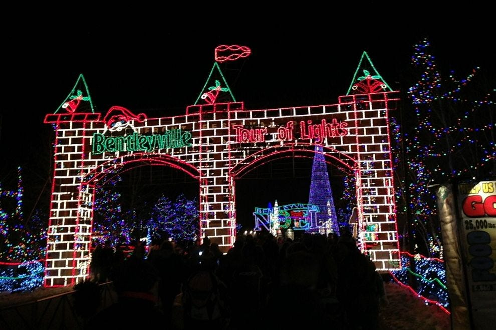 Mega Cavern Christmas Lights.Best Public Holiday Lights Display Winners 2018 10best