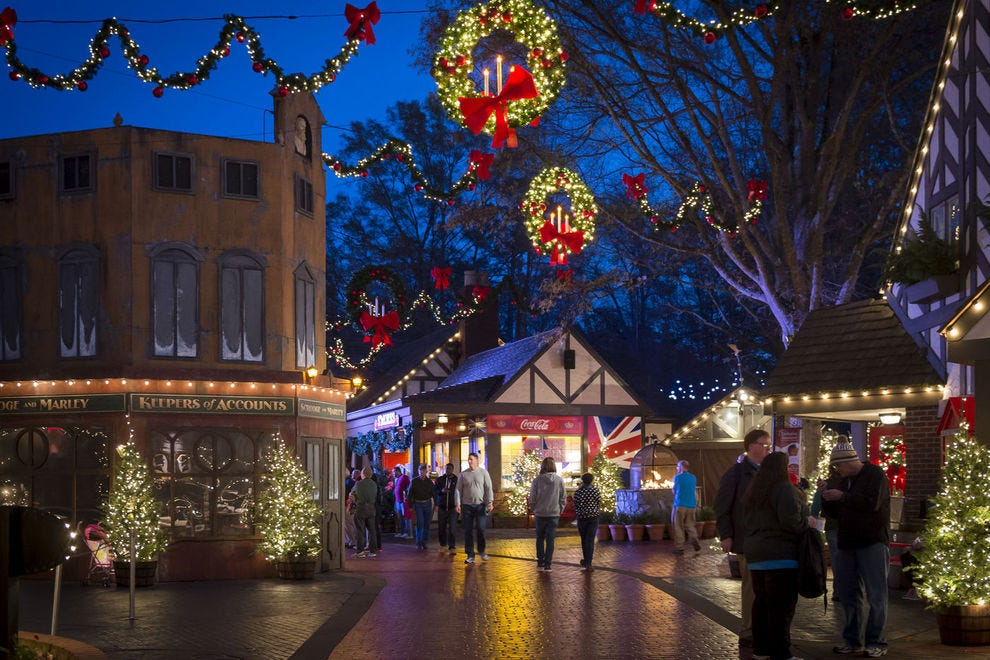 Williamsburg Christmas 2019.Best Theme Park Holiday Event Winners 2018 10best Readers