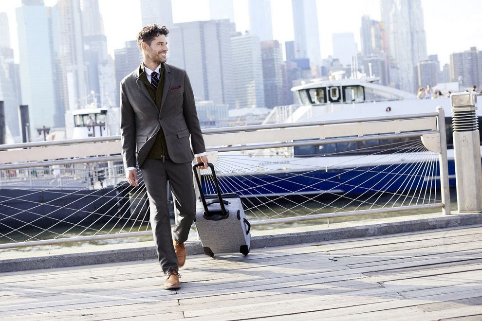 10 gift ideas that are perfect for business travelers