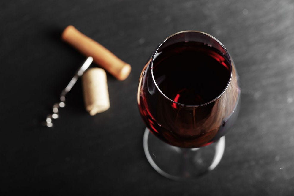 The Üllo Wine Purifier can put a stop to your wine headaches