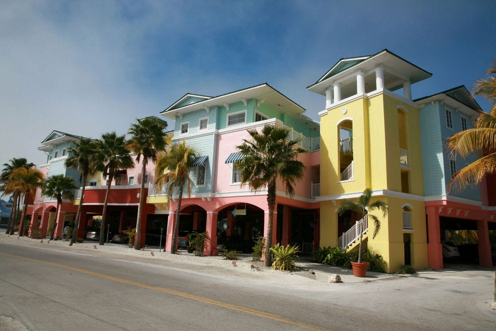 Colorful, art deco buildings line the streets of Fort Myers