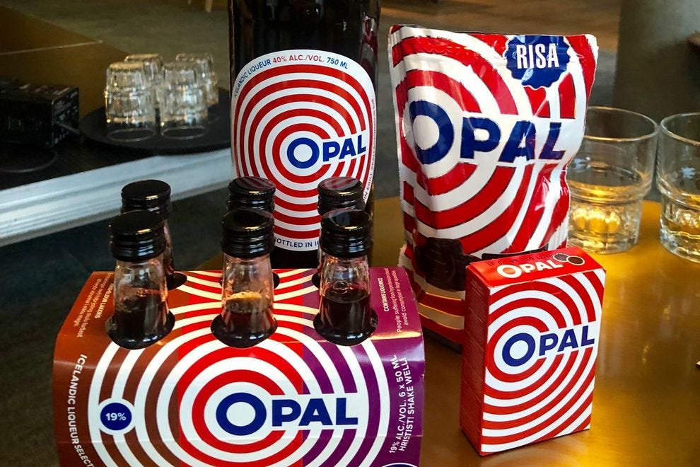 Ópal in its alcohol and candy forms