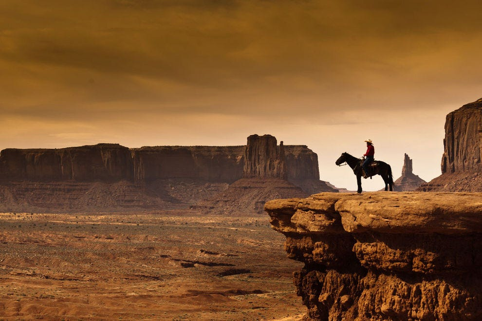 Exploring Monument Valley on horseback