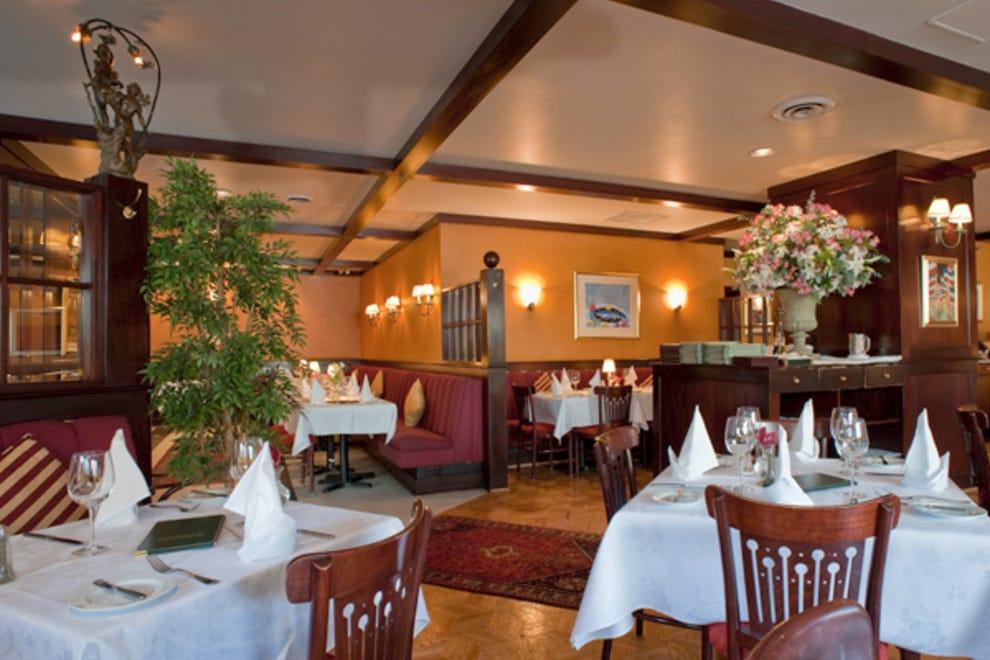 Best of vancouver s downtown restaurants in