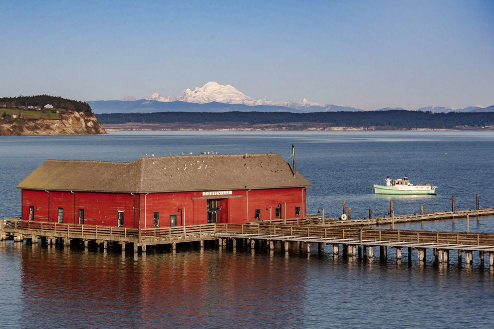 Why The Islands Of The Pacific Northwest Are Fantastic In The Off