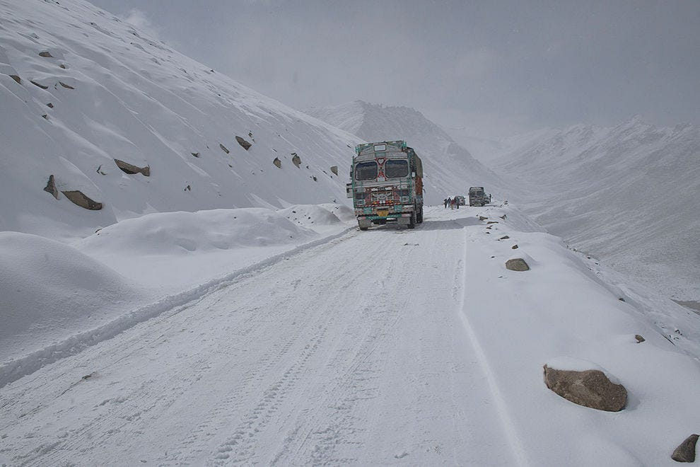 Snowy conditions on the Khardung La Pass