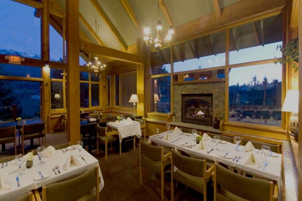 Edgewater lodge vancouver restaurants review best