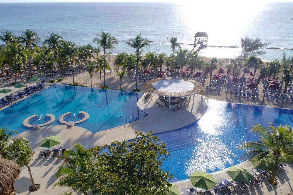 The Fives Azul Beach Resort Playa del Carmen: Cancún Hotels