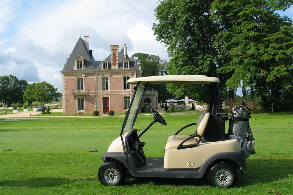 Golf in the Loire Valley at a chateau