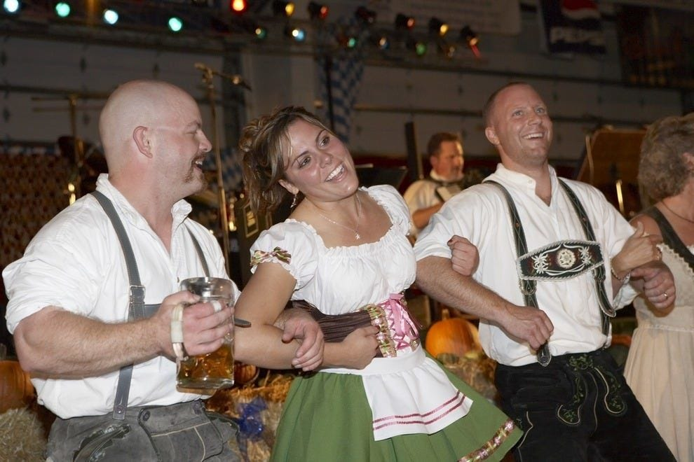 This year, Frankenmuth Oktoberfest celebrates 30 years of good music, good food and good fun!