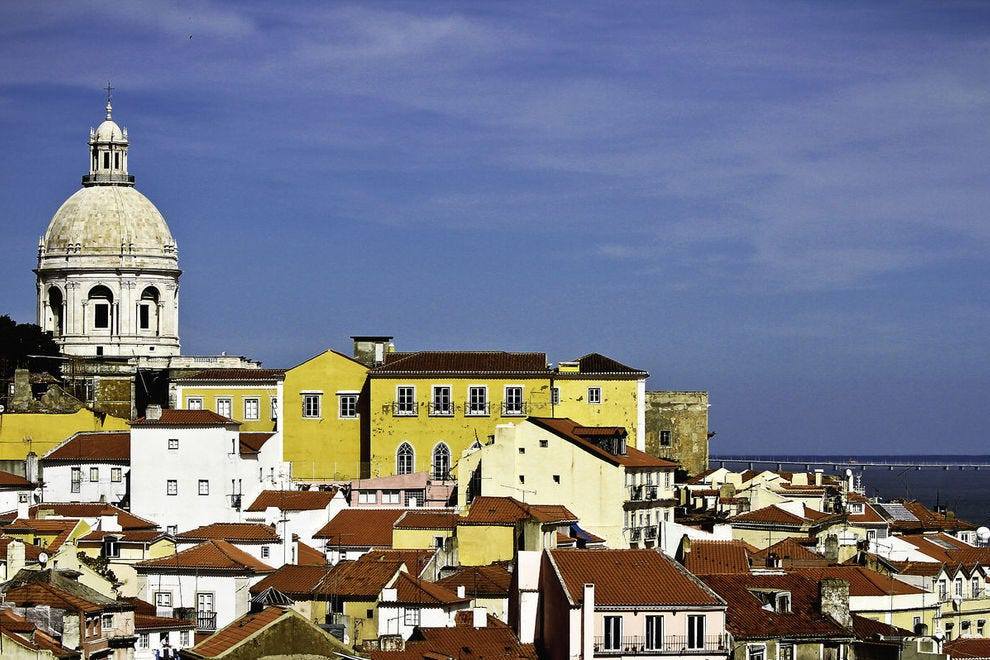 10 reasons why travelers are flocking to Portugal
