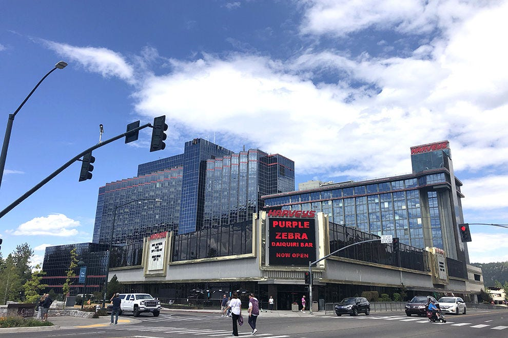 Tahoe Casinos: 10Best Casino Reviews