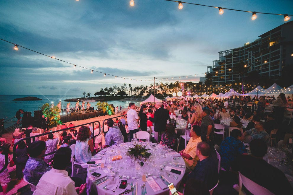 Hawaii Food and Wine Festival at night