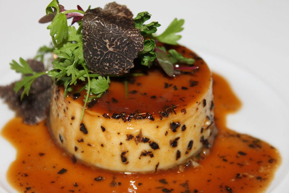 Bone marrow flan with truffle