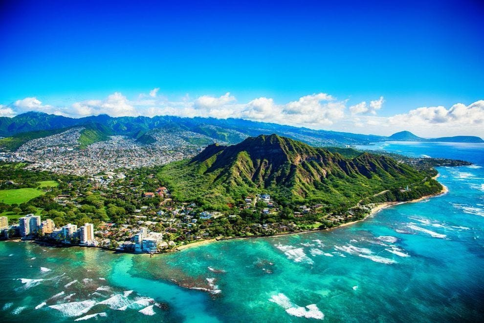 When 'The Brady Bunch' was in Hawaii, they went to these 10 places