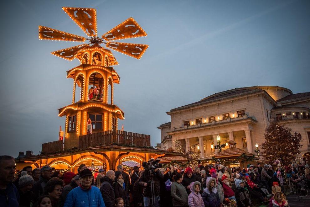 A festival highlight is the 33-foot Glühwein Pyramid